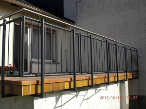 schlosserei erhard g tz balkongel nder in stahl. Black Bedroom Furniture Sets. Home Design Ideas